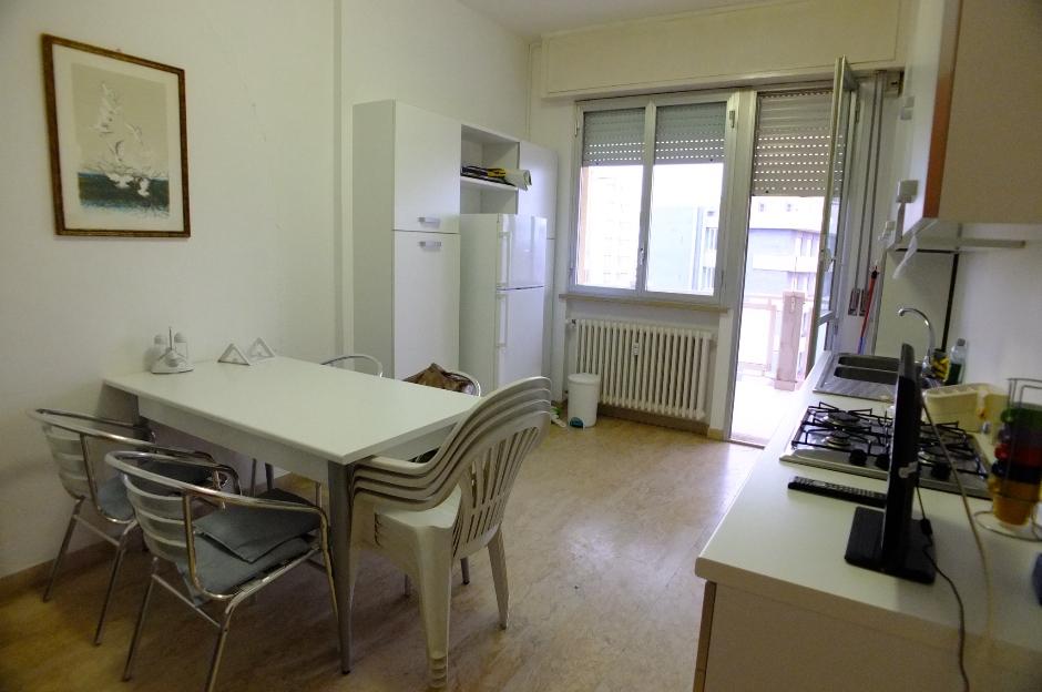 Case vacanze pesaro immobiliare adriamar for Piani casa 1800 a 2200 piedi quadrati